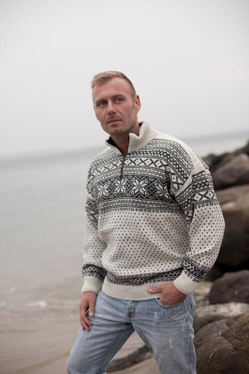 finest selection d4bfa e2f72 Original Norweger pullover von Norwool & Gjestal aus reiner ...